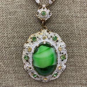 Vintage Green Glass Rhinestone Cab Necklace